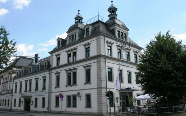 DORMERO Hotel Dresden City вид на фасад