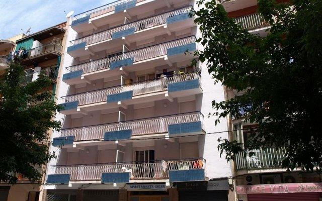 Отель AR Isern Испания, Бланес - отзывы, цены и фото номеров - забронировать отель AR Isern онлайн вид на фасад