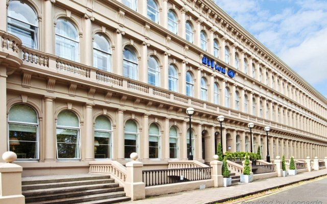 Hilton Glasgow Grosvenor Hotel вид на фасад