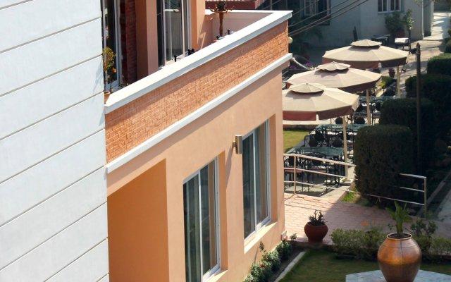 Отель Shaligram Hotel Непал, Лалитпур - отзывы, цены и фото номеров - забронировать отель Shaligram Hotel онлайн вид на фасад