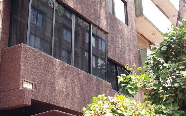 Отель Suites Polanco Мехико вид на фасад