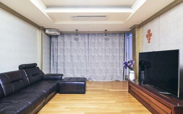 Отель Gangnam Metro Platinum комната для гостей