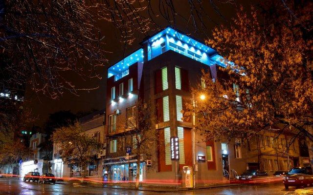 Даймонд отель Тбилиси вид на фасад