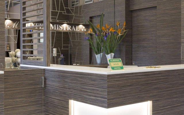 Отель Mistral Италия, Милан - отзывы, цены и фото номеров - забронировать отель Mistral онлайн интерьер отеля