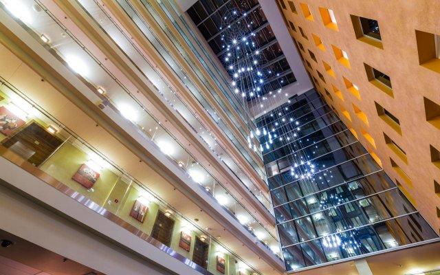 Отель Avalon Hotel & Conferences Латвия, Рига - - забронировать отель Avalon Hotel & Conferences, цены и фото номеров вид на фасад