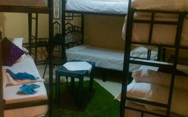 Hostel Villa Red City