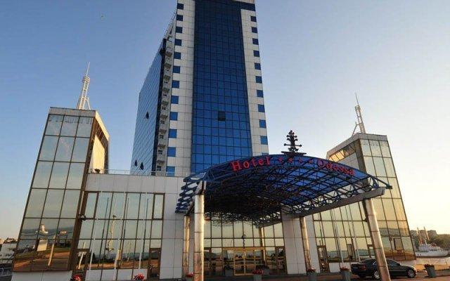 Отель ODESSA Одесса вид на фасад