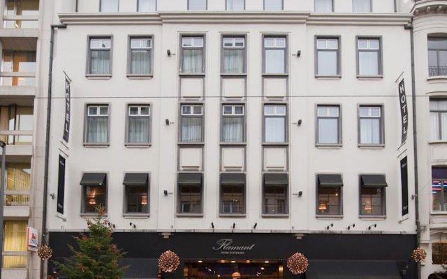 Отель Les Nuits Антверпен вид на фасад
