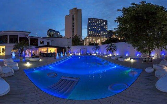 Отель Ocean @ Livingstones Urban Boutique Resort Бангкок бассейн