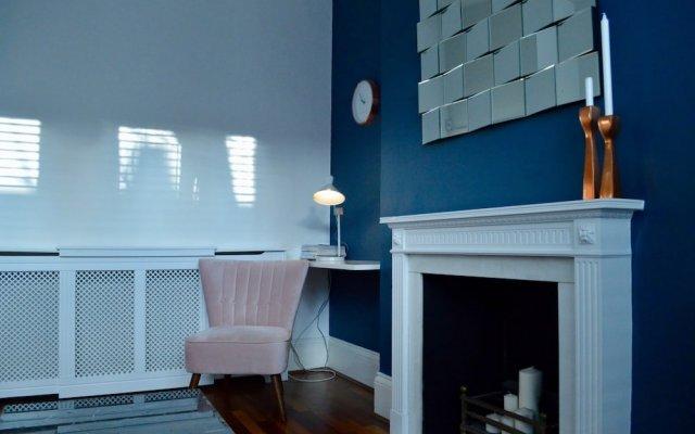 Отель Chic 2 Bedroom Flat By Warwick Avenue Великобритания, Лондон - отзывы, цены и фото номеров - забронировать отель Chic 2 Bedroom Flat By Warwick Avenue онлайн вид на фасад