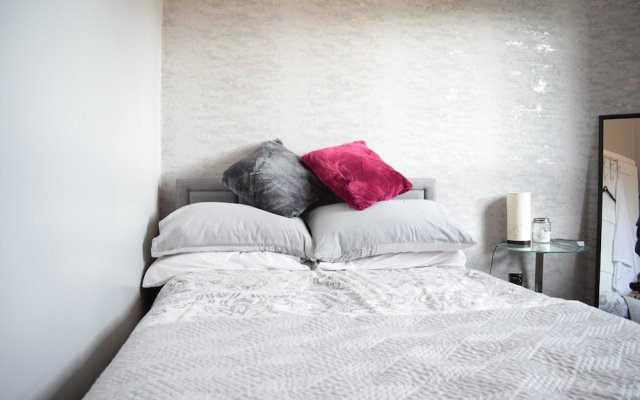 Отель 2 Bedroom Edinburgh Apartment Close To Airport Великобритания, Эдинбург - отзывы, цены и фото номеров - забронировать отель 2 Bedroom Edinburgh Apartment Close To Airport онлайн вид на фасад