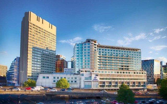 Отель Hilton London Metropole вид на фасад