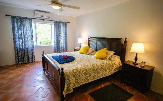 Antigua Village Beach Resort 0