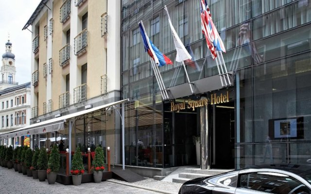 Отель Royal Square Hotel & Suites Латвия, Рига - 4 отзыва об отеле, цены и фото номеров - забронировать отель Royal Square Hotel & Suites онлайн вид на фасад
