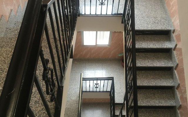 Отель Hostal Conchita Legazpi Испания, Мадрид - отзывы, цены и фото номеров - забронировать отель Hostal Conchita Legazpi онлайн вид на фасад