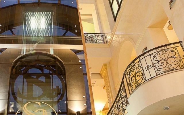 Арк Палас Отель вид на фасад