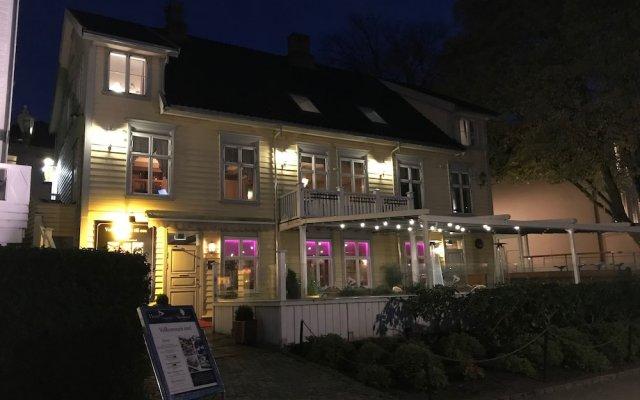 Отель Charlottenlund Gjestehus Норвегия, Ставангер - отзывы, цены и фото номеров - забронировать отель Charlottenlund Gjestehus онлайн вид на фасад