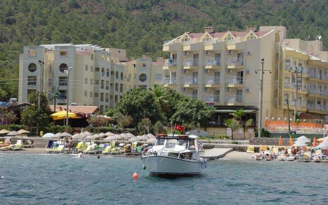 Luna Beach Deluxe Hotel Турция, Мармарис - отзывы, цены и фото номеров - забронировать отель Luna Beach Deluxe Hotel онлайн вид на фасад