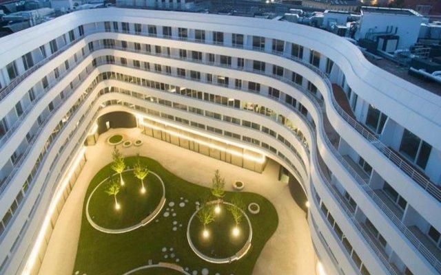 Отель Empire Apart вид на фасад