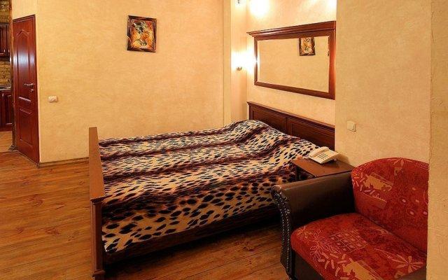 Отель Kostelna Antique Киев комната для гостей
