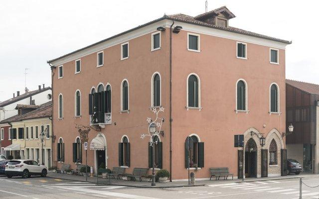 Отель 5 Colonne Италия, Мирано - отзывы, цены и фото номеров - забронировать отель 5 Colonne онлайн вид на фасад