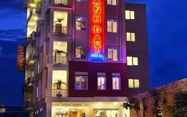 Hanh Dat Hotel Hue вид на фасад