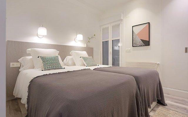 Отель Concha Bay 3 Apartment by FeelFree Rentals Испания, Сан-Себастьян - отзывы, цены и фото номеров - забронировать отель Concha Bay 3 Apartment by FeelFree Rentals онлайн комната для гостей