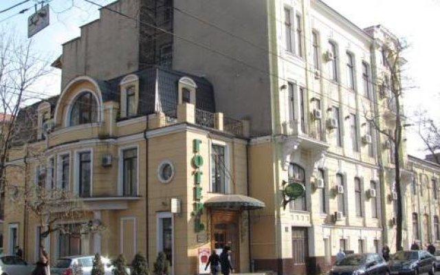Гостиница Oktyabrskaya Украина, Одесса - 5 отзывов об отеле, цены и фото номеров - забронировать гостиницу Oktyabrskaya онлайн вид на фасад