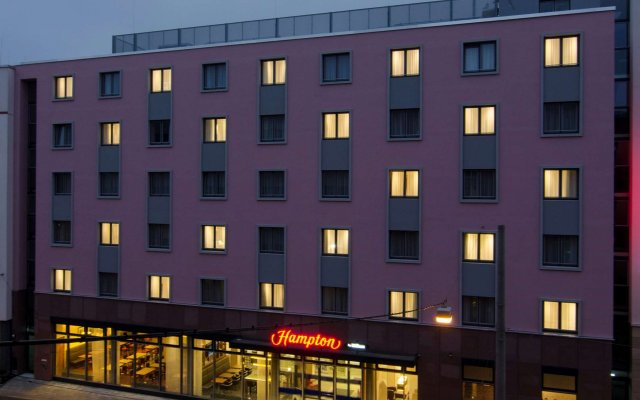 Отель Hampton By Hilton Nuremberg City Centre Нюрнберг вид на фасад