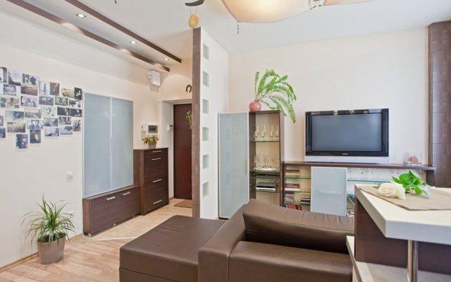Apartment on Ulyanovskaya 41