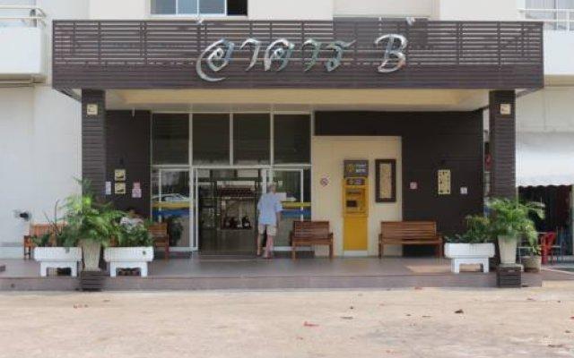 Апартаменты View Talay 1b Serviced Apartments Паттайя вид на фасад