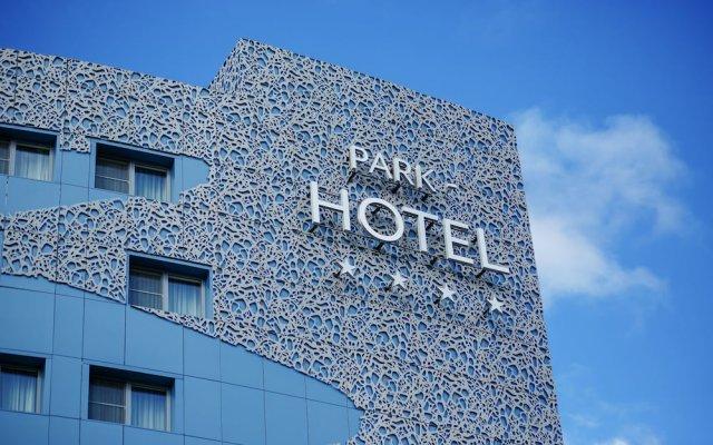 Гостиница Термальный курорт и спа «ЛетоЛето» в Тюмени 3 отзыва об отеле, цены и фото номеров - забронировать гостиницу Термальный курорт и спа «ЛетоЛето» онлайн Тюмень вид на фасад