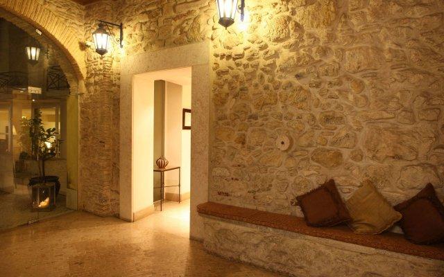 Отель Solar Do Castelo, a Lisbon Heritage Collection вид на фасад