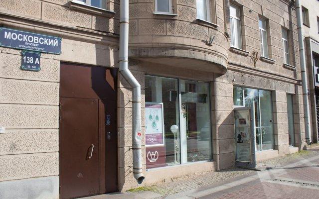 Гостиница Lucky House вид на фасад
