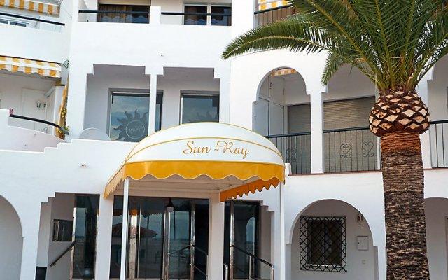 Отель Edificioo Sun Ray Испания, Фуэнхирола - отзывы, цены и фото номеров - забронировать отель Edificioo Sun Ray онлайн вид на фасад