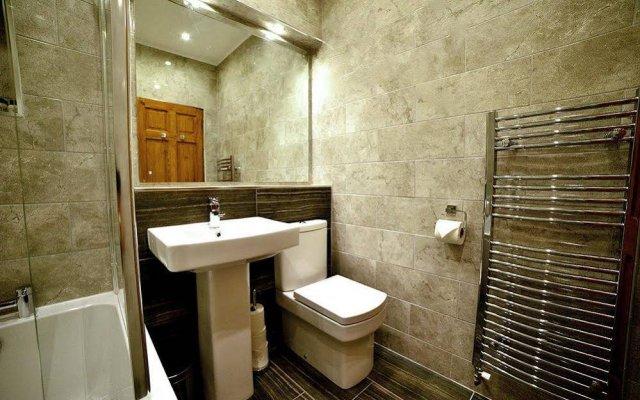 Отель Blackfriars Residence Великобритания, Эдинбург - отзывы, цены и фото номеров - забронировать отель Blackfriars Residence онлайн ванная