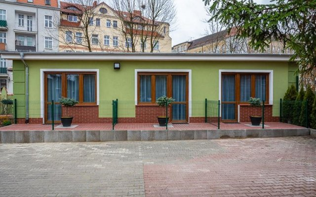 Hotel Topaz Poznan Centrum вид на фасад