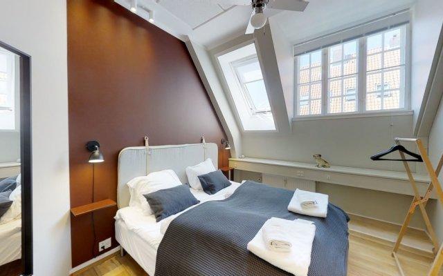 Отель Huge 5 bed-2 bath home in center комната для гостей