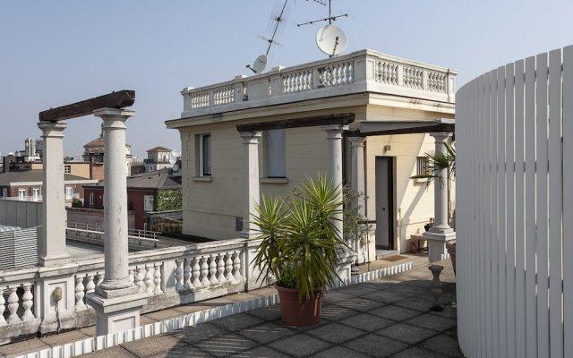 Отель Italianway - Santa Radegonda Италия, Милан - отзывы, цены и фото номеров - забронировать отель Italianway - Santa Radegonda онлайн вид на фасад