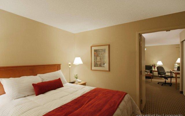 Отель Holiday Inn Ottawa East Канада, Оттава - отзывы, цены и фото номеров - забронировать отель Holiday Inn Ottawa East онлайн комната для гостей