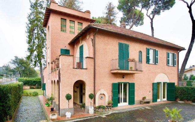 Отель Borgo Dei Castelli Италия, Гроттаферрата - отзывы, цены и фото номеров - забронировать отель Borgo Dei Castelli онлайн вид на фасад