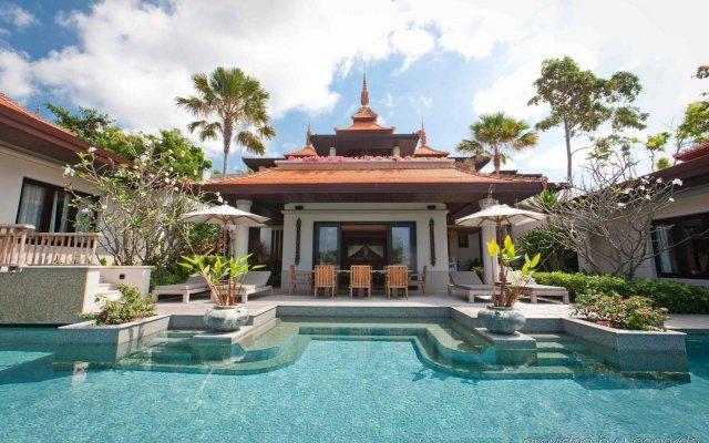 Отель Trisara Villas & Residences Phuket вид на фасад