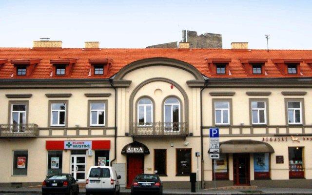Отель Alexa Old Town Литва, Вильнюс - 14 отзывов об отеле, цены и фото номеров - забронировать отель Alexa Old Town онлайн вид на фасад