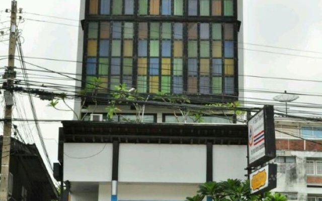 Отель Hi Baan Thewet Таиланд, Бангкок - отзывы, цены и фото номеров - забронировать отель Hi Baan Thewet онлайн вид на фасад