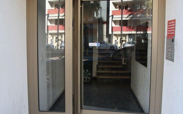 Отель HappyFew Appartement l'Aviateur Франция, Ницца - отзывы, цены и фото номеров - забронировать отель HappyFew Appartement l'Aviateur онлайн вид на фасад