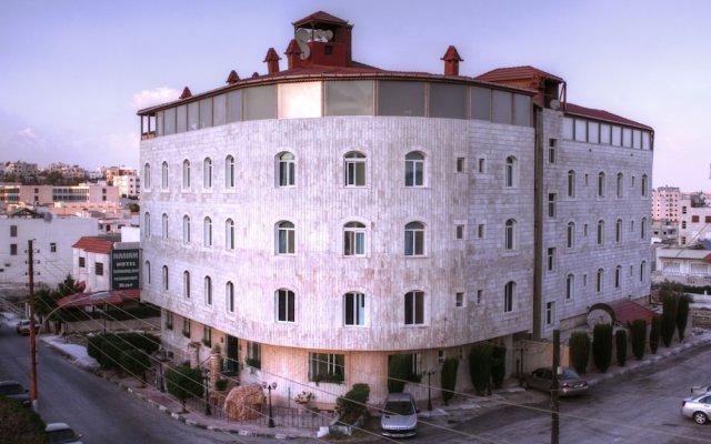 Отель Mariam Hotel Иордания, Мадаба - отзывы, цены и фото номеров - забронировать отель Mariam Hotel онлайн вид на фасад