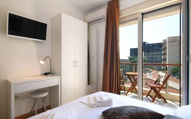 Отель Sarap apartments Budva Черногория, Будва - отзывы, цены и фото номеров - забронировать отель Sarap apartments Budva онлайн комната для гостей