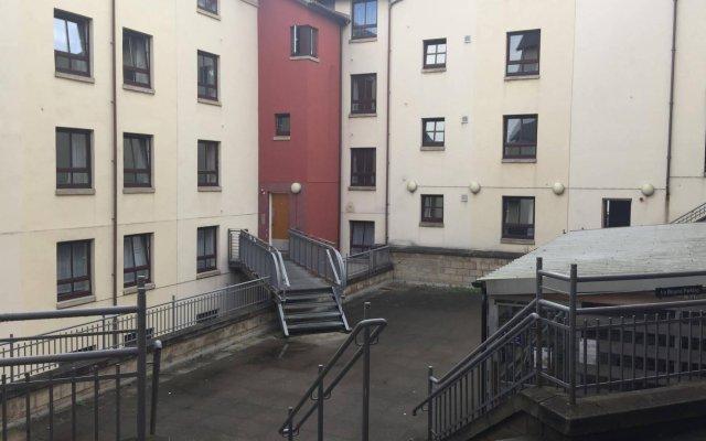 Отель Euro Hostel Edinburgh Halls Великобритания, Эдинбург - отзывы, цены и фото номеров - забронировать отель Euro Hostel Edinburgh Halls онлайн вид на фасад
