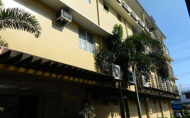 Hollywood Suites and Resort - Marilao
