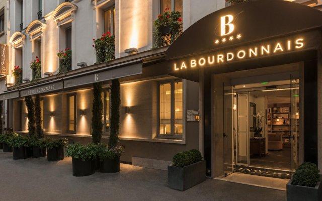 Отель La Bourdonnais Франция, Париж - 1 отзыв об отеле, цены и фото номеров - забронировать отель La Bourdonnais онлайн вид на фасад